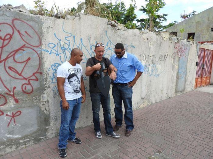 FLTR: Angelo Moeslikan, ANFR inspector from France, Sidney de Weever